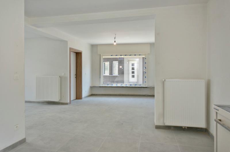 volledig gerenoveerde woning met commerciële mogelijkheden