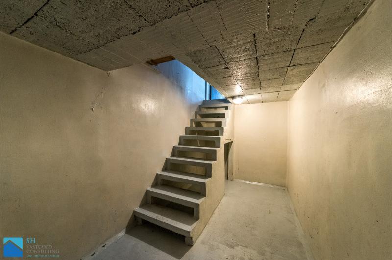 te moderniseren woning met uitstekende ligging