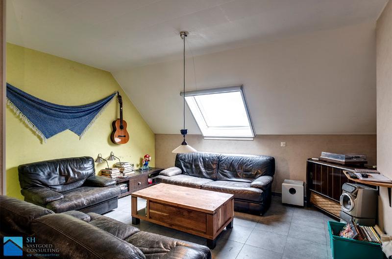 eigendom bestaande uit 2 appartementen