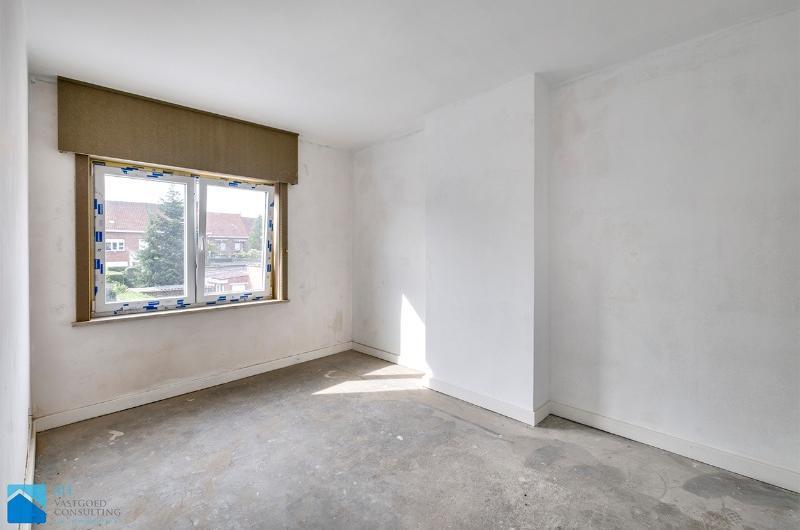 Rustig gelegen gerenoveerde woning te Izegem
