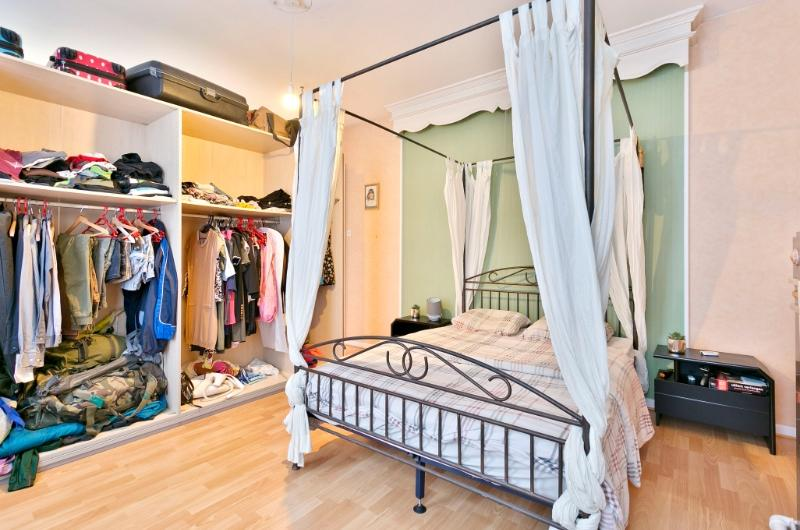Ruime burgerwoning met garage en 5 slaapkamers