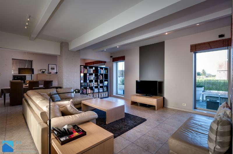 Ruime villa met rustgevend zicht op 1323m²