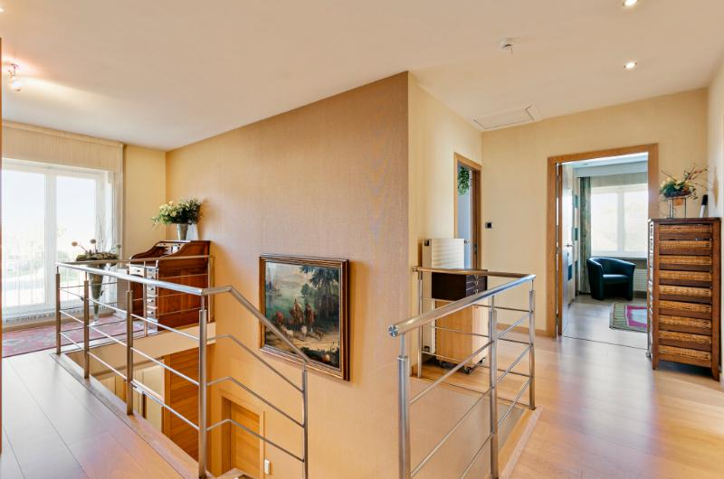 Ruime villa met centrale ligging en fenomenaal uitzicht