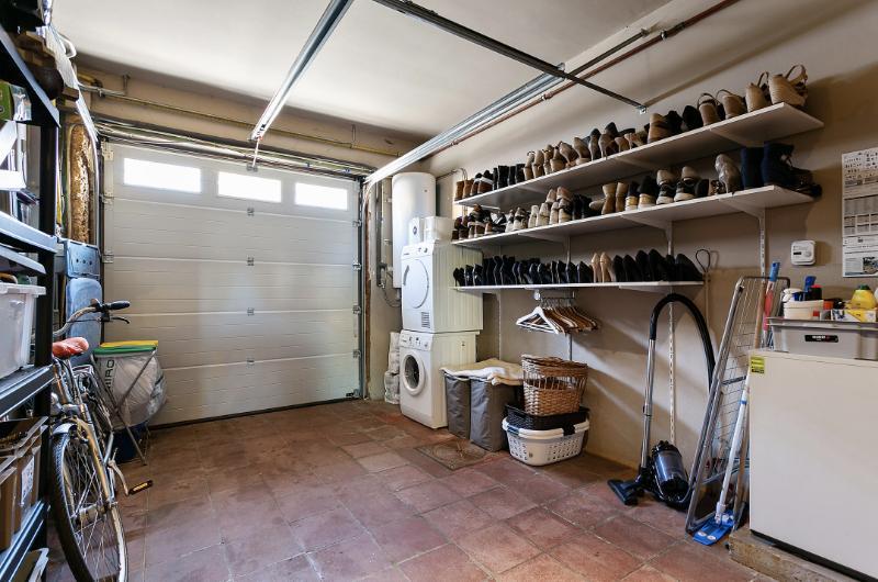 Charmante instapklare burgerwoning op rustige centrale ligging met garage