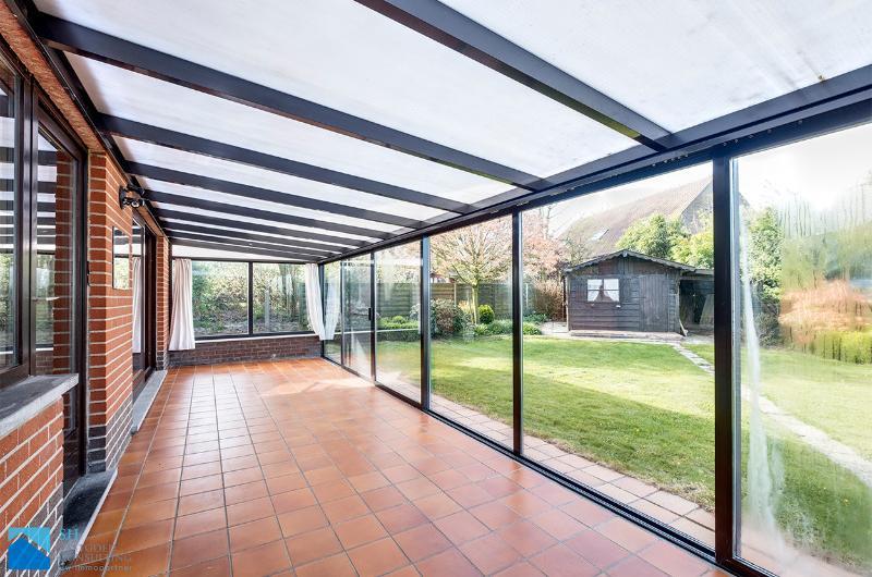 Instapklare bungalow met rustige ligging op 780m²