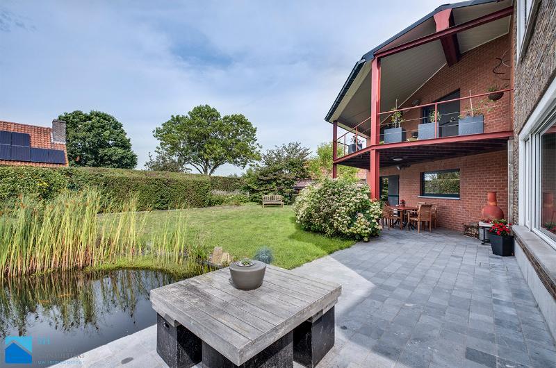 Rustig gelegen villa met landelijke zichten