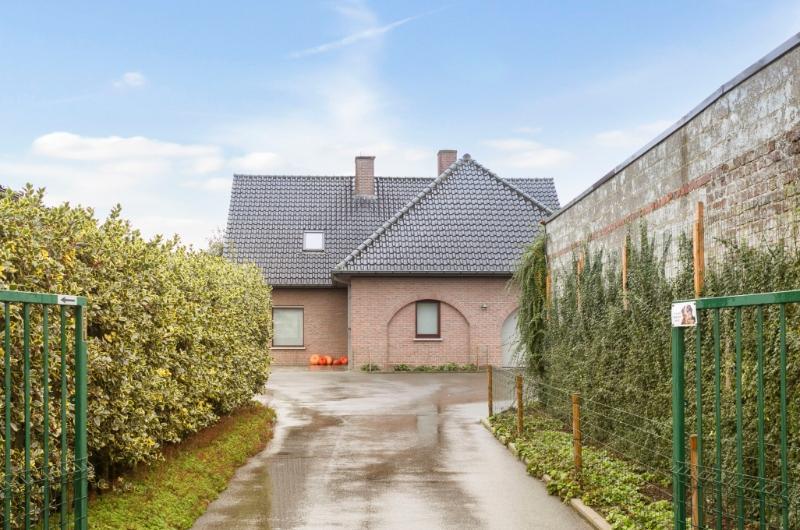 Landelijk gelegen villa met weids zicht